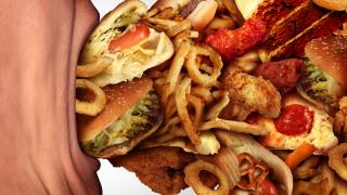 Вижте кои храни влияят лошо и на настроението ни