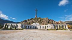 Испанското правителство одобри ексхумация на Франко
