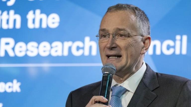 Шефът на научноизследователската дейност на ЕС възмутен хвърли оставка