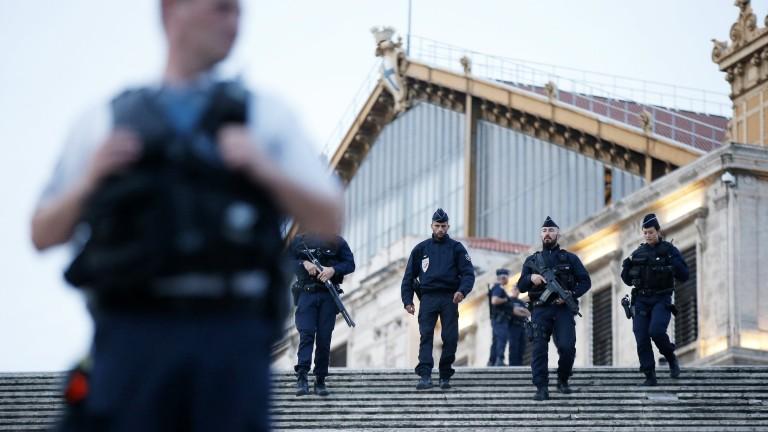 Задържаният в Марсилия българин се издирва от 2012 г. за присъда у нас