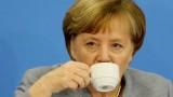 Меркел иска бързо съставяне на правителство