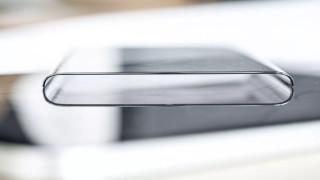 Кой готви телефон с двоен екран, направен изцяло от стъкло