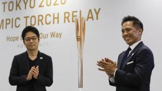 Скриха олимпийския огън