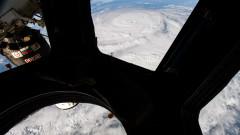 """Руският """"Прогрес МС-13"""" достави 3 тона с провизии на МКС"""