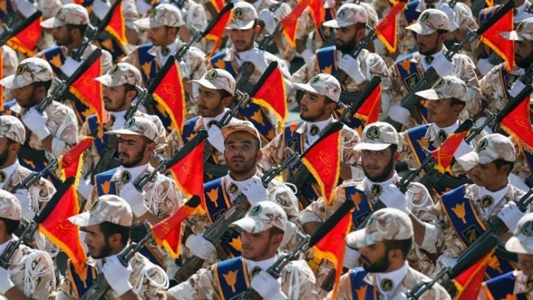 """Армията на Иран обеща да преподаде """"нови уроци"""" на САЩ"""