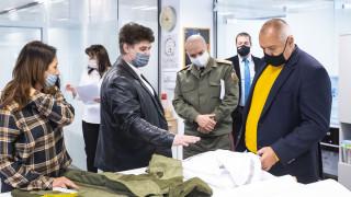 Борисов не иска да чува, че има медици без защитно облекло