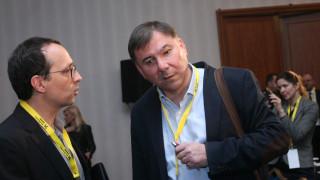 Хората искат всичко веднага, иначе губят търпение, предупреди Иван Кръстев