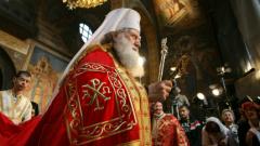 Плевнелиев и Байдън разговаряха за Украйна, делегация от 11 души ще донесе Благодатния огън...