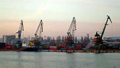 6 тона тютюн за наргиле спипаха на Пристанище Варна