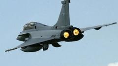 НАТО бомбардира резиденцията на Кадафи
