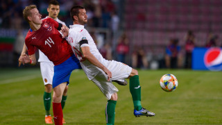 Горчив дебют за Краси Балъков - Чехия продължава да бъде непреодолимо препятствие за България