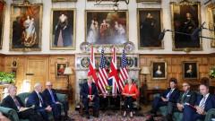 """Американският президент хвали """"много, много силните"""" отношения с Лондон"""