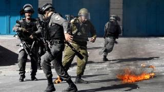 Убити палестинци при протест на Западния бряг