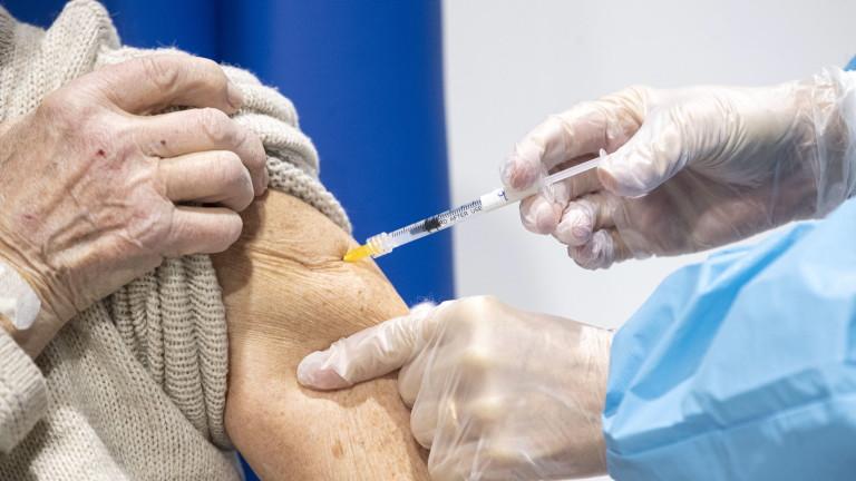 Трудноподвижните хора в Добрич може да се ваксинират в мобилен екип