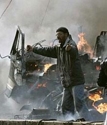 Най-малко 19 загинаха след взрив на камион бомба в Ирбил