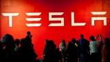 """Tesla бърза да завърши """"гига"""" фабриката си за батерии преди пускането на Model 3"""