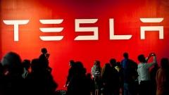Акциите на Tesla удариха най-високата си стойност