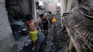 Взрив рани 27 души във Филипините