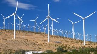 Светът ще добива половината от нужното електричество от вятъра и слънцето...
