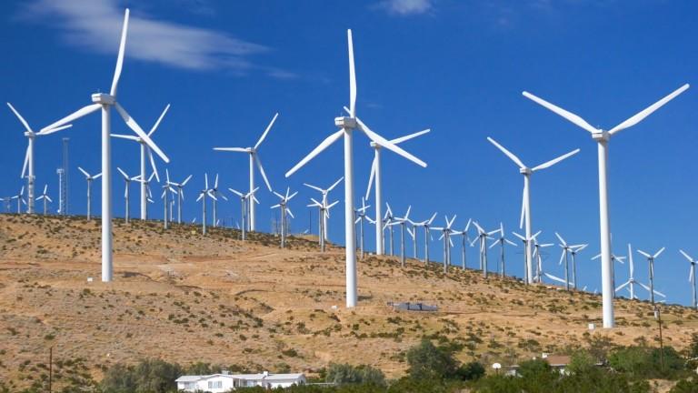 Светът ще добива половината от нужното електричество от вятъра и слънцето до 2050-а
