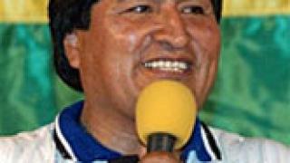 """Моралес иска """"национализация"""" на боливийския футбол"""