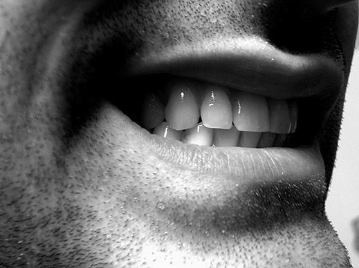 Преборете се с враговете на вашите зъби
