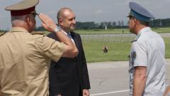 Радев отново съветва правителството да провери, взимаме ли боеспособни F-16