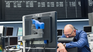 Финансов трус в Европа заради Италия. Еврото достигна ново дъно спрямо долара
