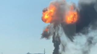 Поредица от експлозии разтърсиха склад за боеприпаси в турската провинция Хатай