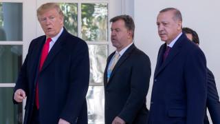 Тръмп и Ердоган разочаровани от изказването на Макрон за НАТО