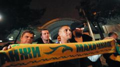 Роби Карлош също ще учи катарците на футбол