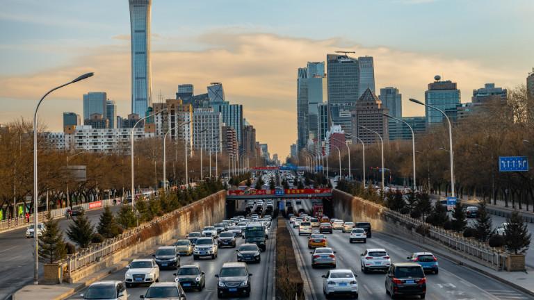 Продажбите на нови автомобили на най-големия пазар в света растат с 6%