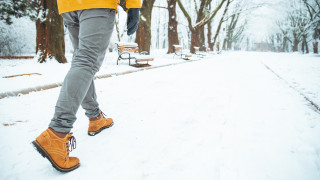 Как да предпазим обувките си през зимата