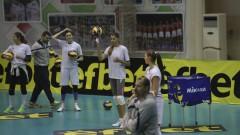Волейболните ни националки победиха олимпийските вицешампионки с 3:2