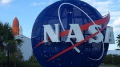НАСА протяга ръка на Китай