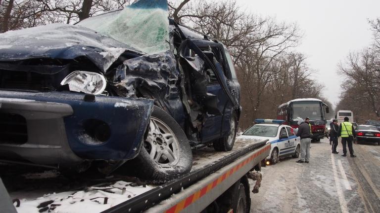 Близо 200 леки катастрофи в София за изминалото денонощие