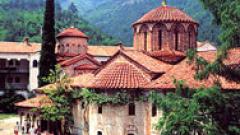 Игуменът на Бачковския манастир наруга медиите от амвона