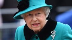 Евакуират кралицата при безредици след Брекзита