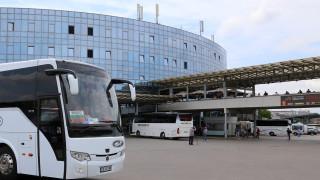 Още 90 междуградски автобуса превозват хората по празниците