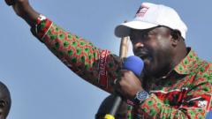 В Бурунди посрещнаха президента си с песни и танци