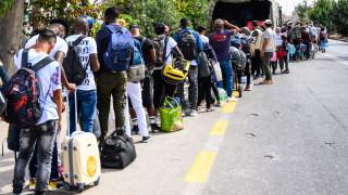 Арестуваха 25 мигранти от Афганистан, вървели край Вакарел