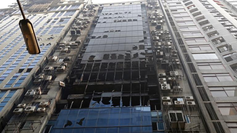 Спасителите в столицата на Бангладеш Дака приключиха среднощната спасителна операция