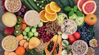 Храните поевтиняват за първи път от година