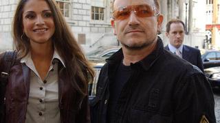 Боно: Крис Мартин е чекиджия