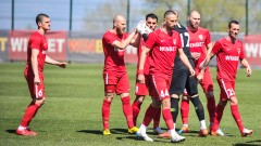 Шеф в Царско село: Ще направим всичко възможно, за да играем на нашия стадион в Първа лига