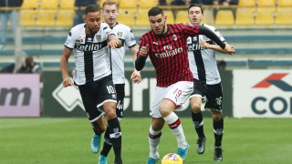 Милан пое глътка въздух след късен гол срещу Парма