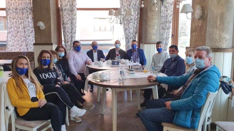 Цветанов: Неадекватните мерки на правителството докарали здравеопазването до колапс