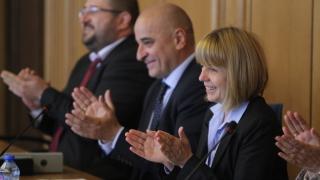 Фандъкова склонна да остави Барбалов на всички постове до края на мандата