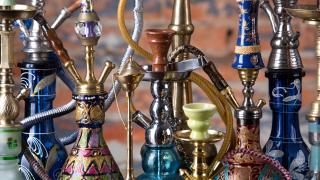 Забраняват продажбата на тютюн за наргиле на непълнолетни