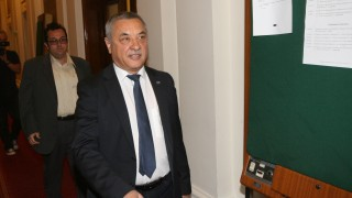ГЕРБ удрят рамо на Симеонов за закона за хазарта